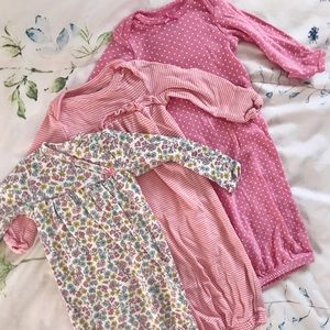 🎀 Bundle of Newborn Sleeper Gowns 🎀